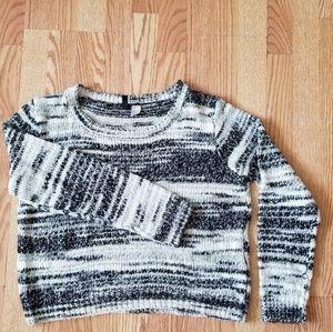 ❤ H&M short round neck sweater